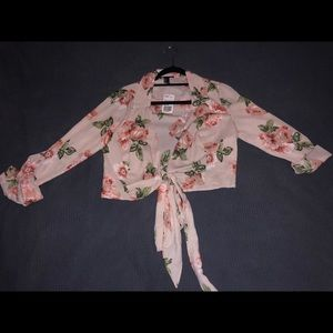Brand new (with tag) floral blouse